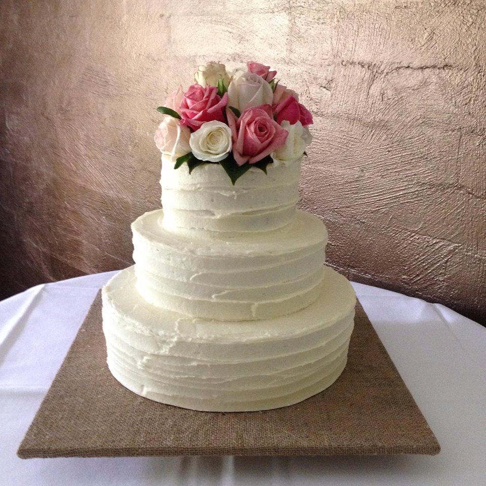 Bonzoe Creations Cake Decorating